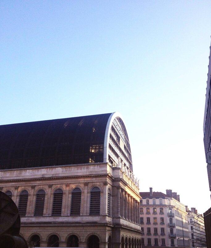 12-opera-lyon-ma-rue-bric-a-brac