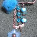 Broche cuivrée libellule perles turquoise (N)