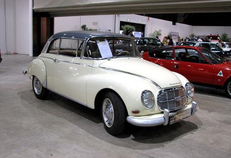 Auto_Union___DKW_1000S_coup__de_1963__RegioMotoClassica_2010__01