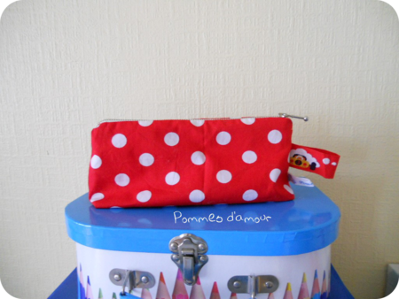 trousse rouge bis rond