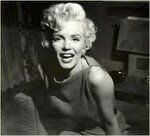 1954_04_15_Hollywood_031_Sit_021_Sofa_0500_01a