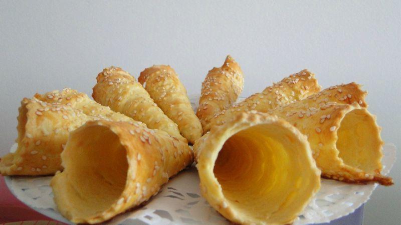 Super CORNETS en pâte brisée - Titine cuisine pour sa petite famille PL09