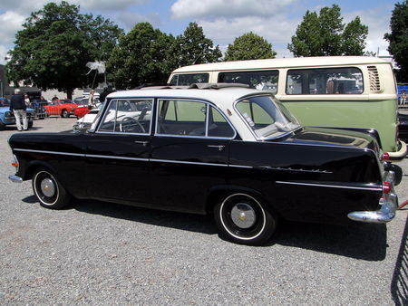 OPEL Rekord P2 Berline 4 portes 1960 1963 RegioMotoClassica 2010 2