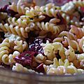 Salade de pâtes : fusilli, betteraves & boursin salade !
