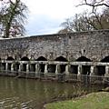 Chevré: le pont romain...