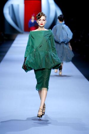 women_Dior_HC_SS2011_Look_15