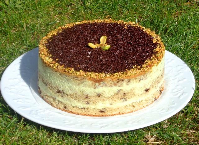 Gâteau crème fraîche, pistache, chocolat