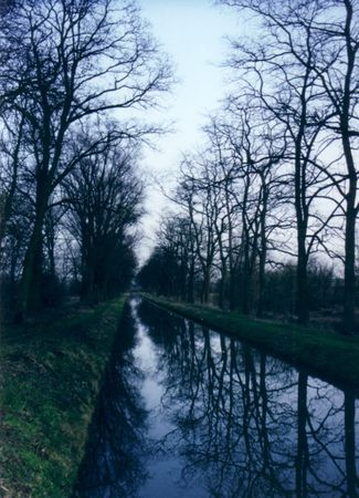 0343_l_eau_est_canalis_e