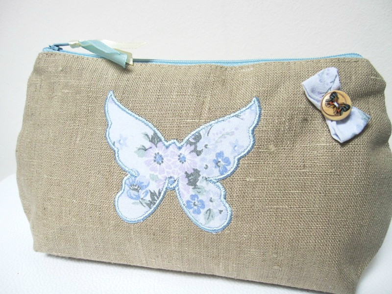 trousse papillon 001