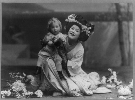 Geraldine_Farrar_in_the_role_of_Madame_Butterfly_1