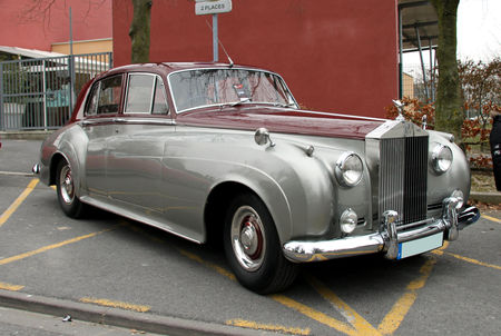 Rolls_Royce_silver_cloud__23_me_Salon_Champenois_du_v_hicule_de_collection__01