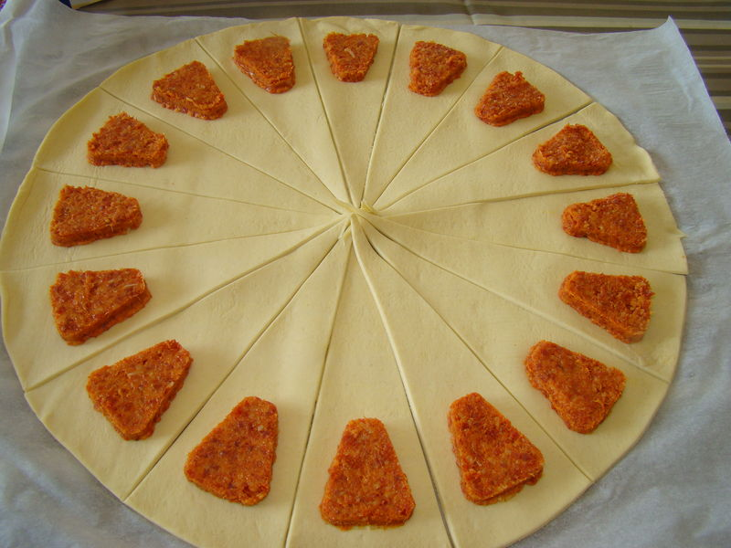 Mini croissants au chorizo domi vous ouvre sa porte - Brochettes aperitives sans cuisson ...