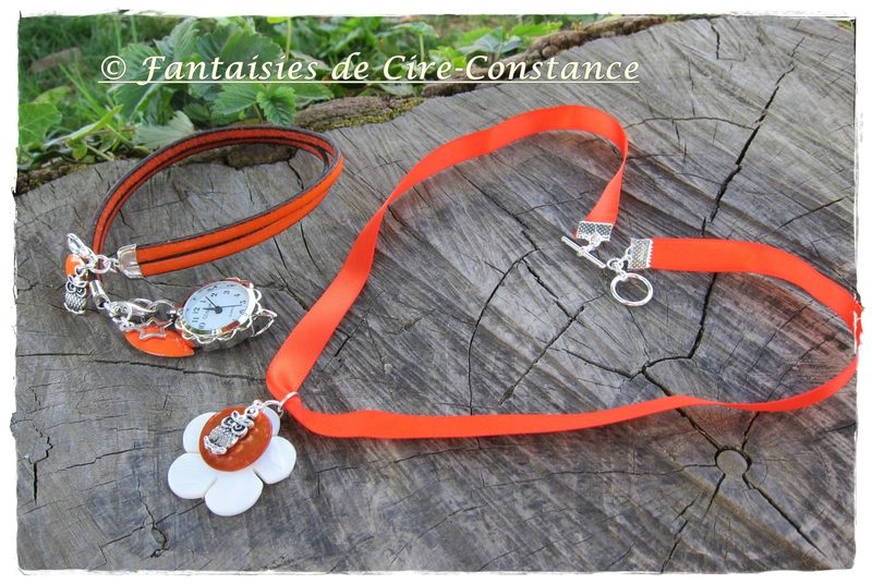 Collier Anne D hibou mandarine et montre cuir orange assortie-1