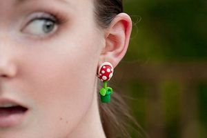 Super-Mario-Bros-Piranha-Plant-Earrings_1