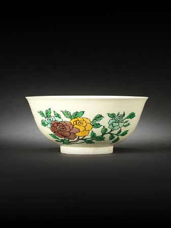 A_famille_verte_biscuit_enamelled_incised_bowl1