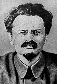Trotsky-&
