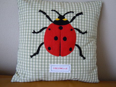 Coussin_coccinelle