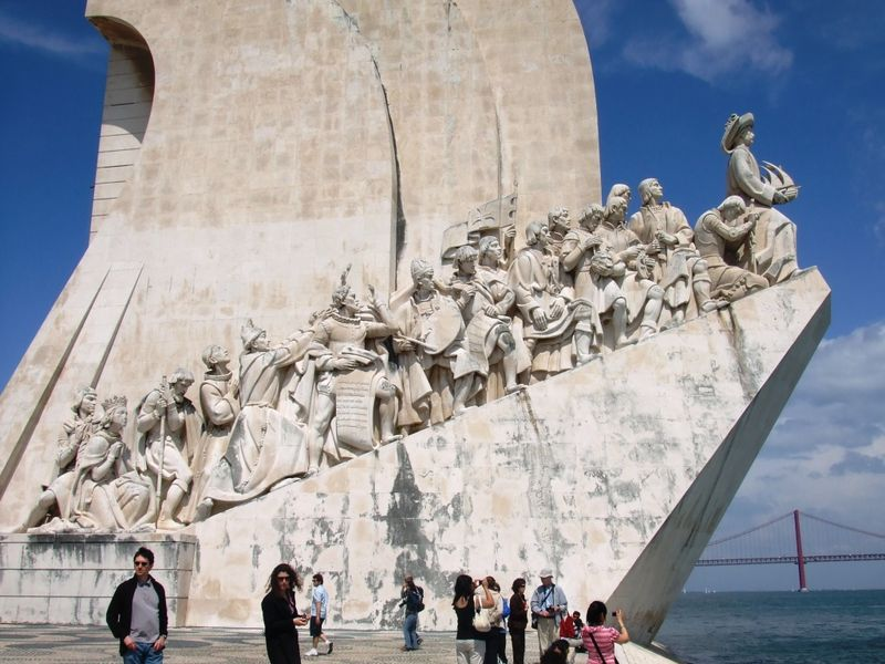 j3 monument of discoveries