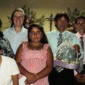 la familia de maibelina con el padre Francisco y Hna MFrancia