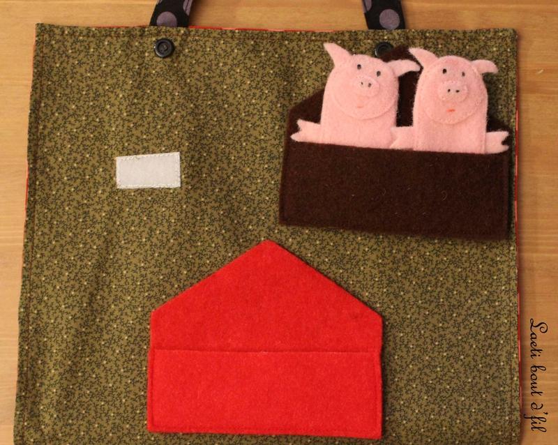 cochons dans la maison en bois