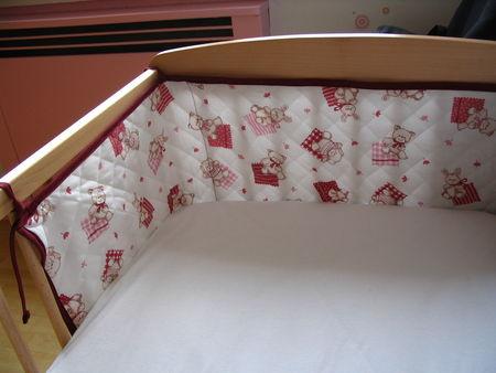 un joli tour de lit princesse toile. Black Bedroom Furniture Sets. Home Design Ideas