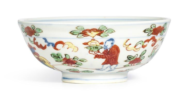 A wucai 'Figure' bowl, Mark and period of Wanli