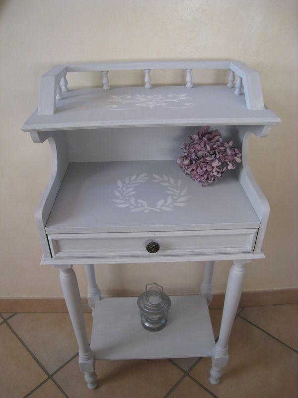 un petit air campagne pour ce petit meuble patines couleurs. Black Bedroom Furniture Sets. Home Design Ideas