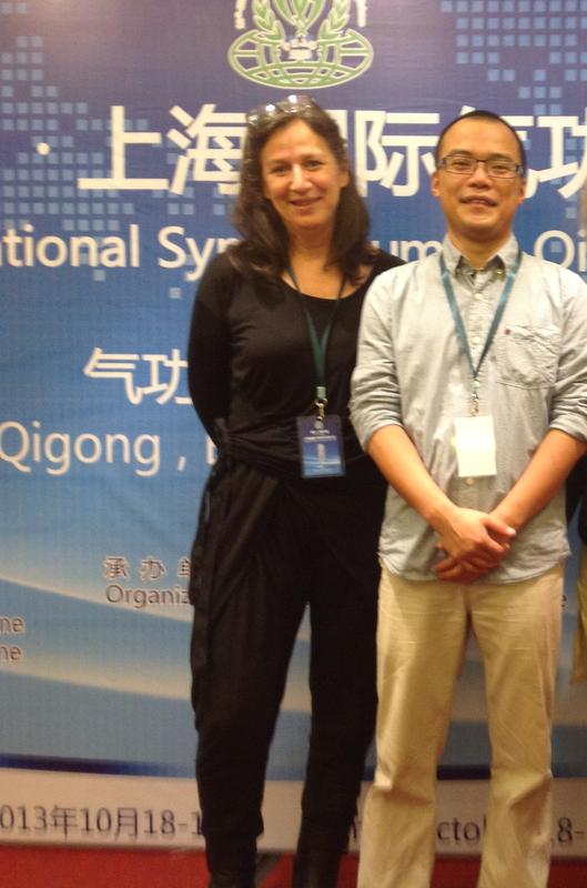 Symposium Qi gong 2013 claire et Sun Lei