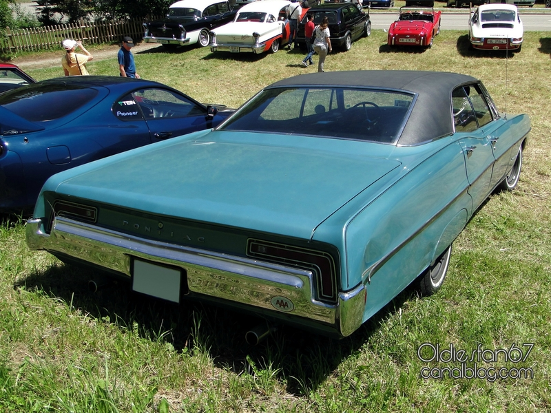 pontiac-executive-hardtop-sedan-1968-02