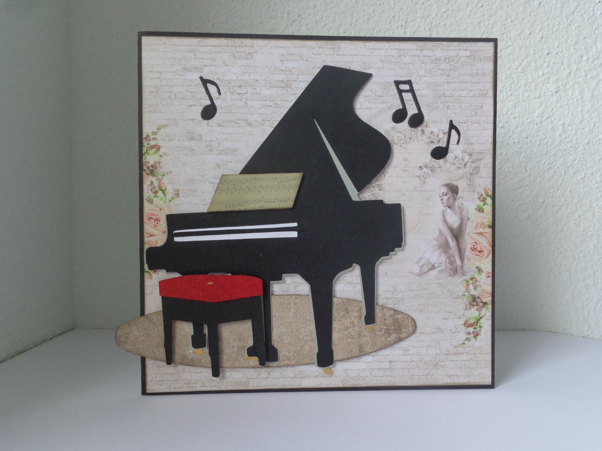 Carte piano à queue