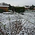 Les jardins familiaux dermont sous la neige