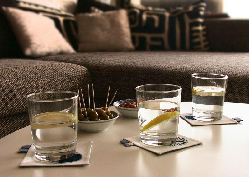 sous verre algo vue ambiance photo de dessous de verre. Black Bedroom Furniture Sets. Home Design Ideas