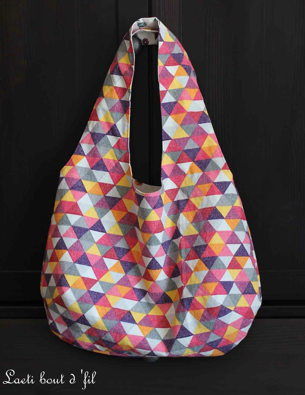 sac coté triangles