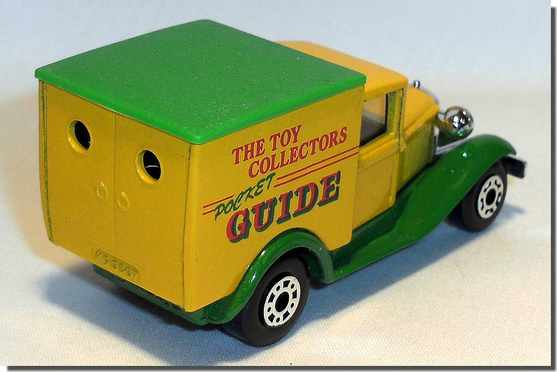 045 MB38 The Toy Collector Pocket Guide A 2
