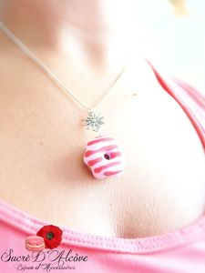 Collier donuts fraise (6)