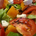 Salade de melon et sa vinaigrette chaude au Porto
