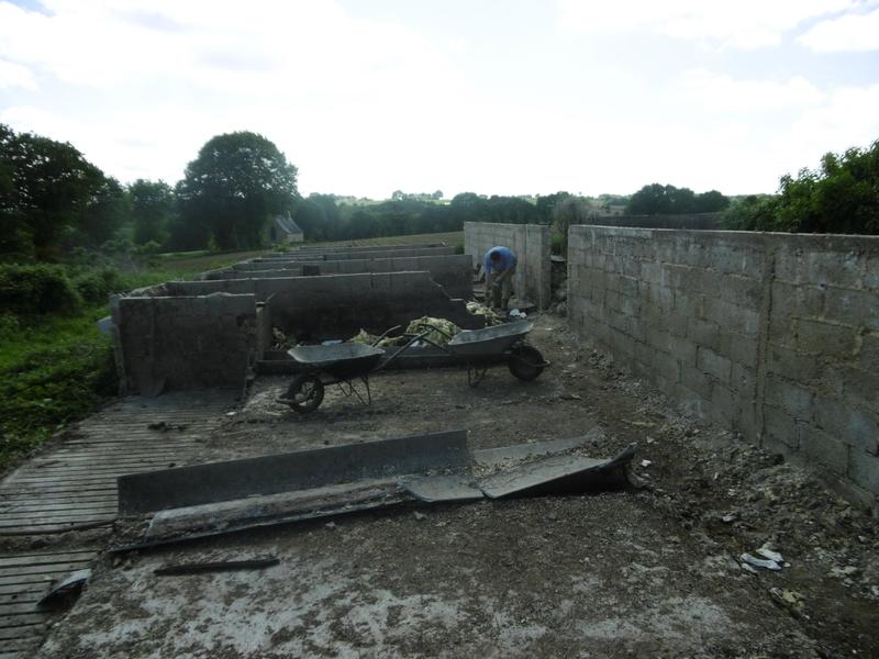 Le carreau de terre cuite trouv est nettoy trevenaleuc for Un carreau de terre