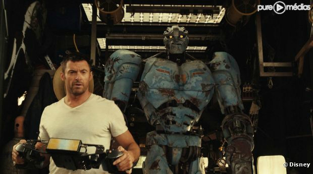 4437312-hugh-jackman-dans-real-steel-diapo-1