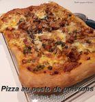 pizza au pesto de poivrons et au thon