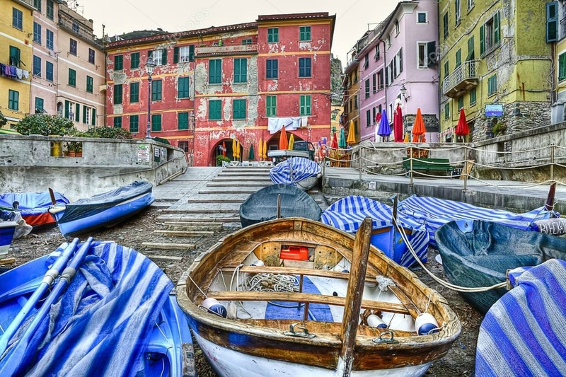depositphotos_45620347-stock-photo-vernazza-fishing-village-cinque-terre