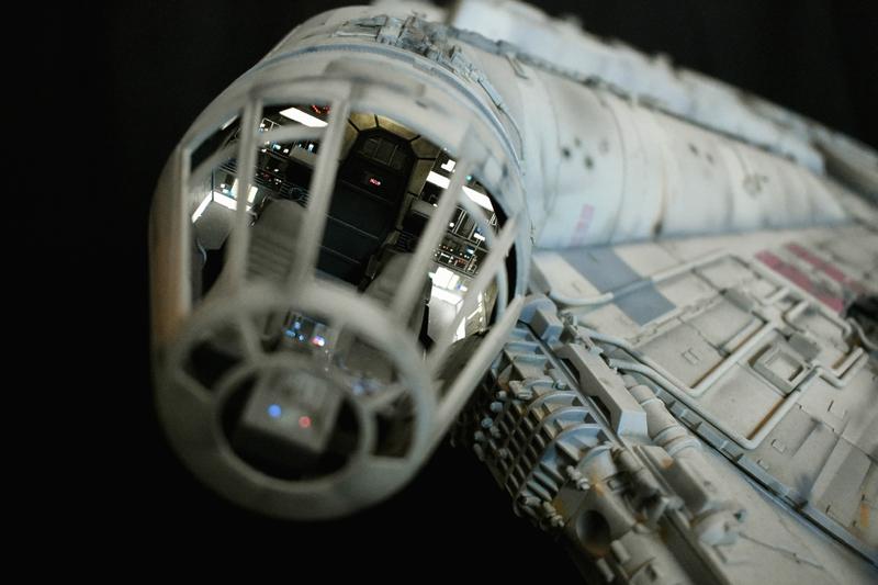 Millennium Falcon 27