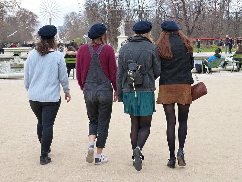 les 4 filles aux berets