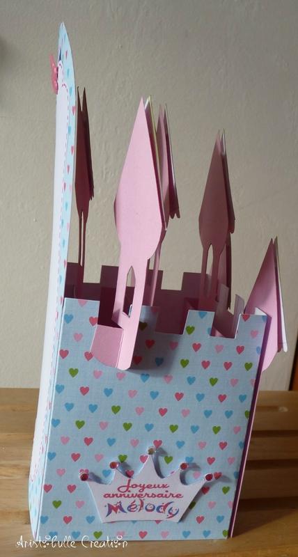 Card-in-a-box château - côté gauche