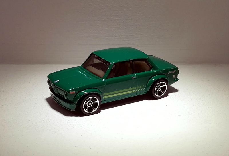 Bmw 2002 (Hotwheels) 03