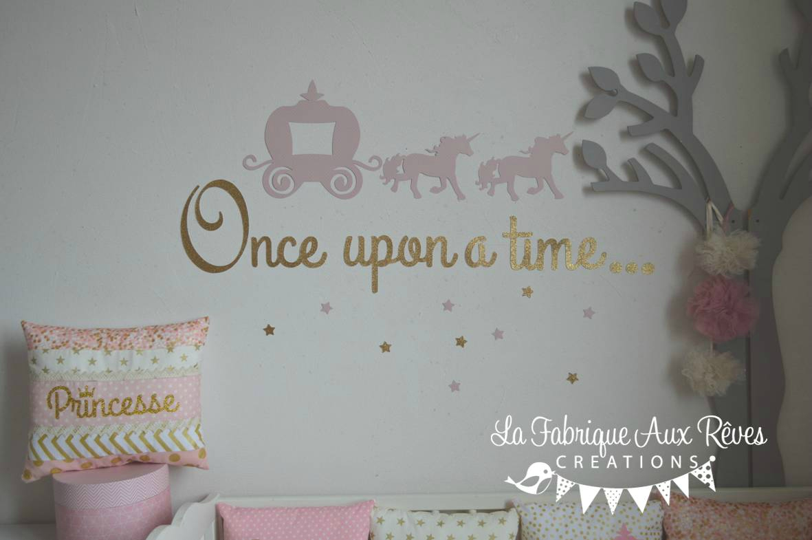 Stickers carosse licorne once upon a time rose dor for Decoration licorne chambre