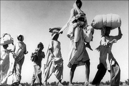 Partition_Old_sikh_man_carrying_wife