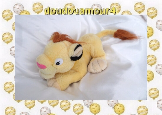 Peluche Doudou Lion Allongé Casino