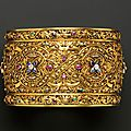 Renaissance revival 18kt gold gem-set armlet, c. 1880