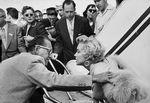 1954_09_08_new_york_idlewild_airport_020_1