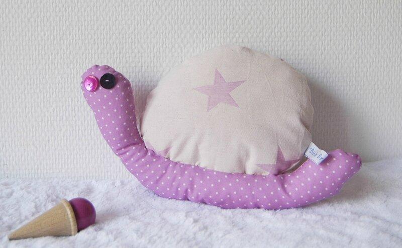 Brodi Broda-cadeau personnalisé bébé-doudou escargot rose et gris-tissu bio